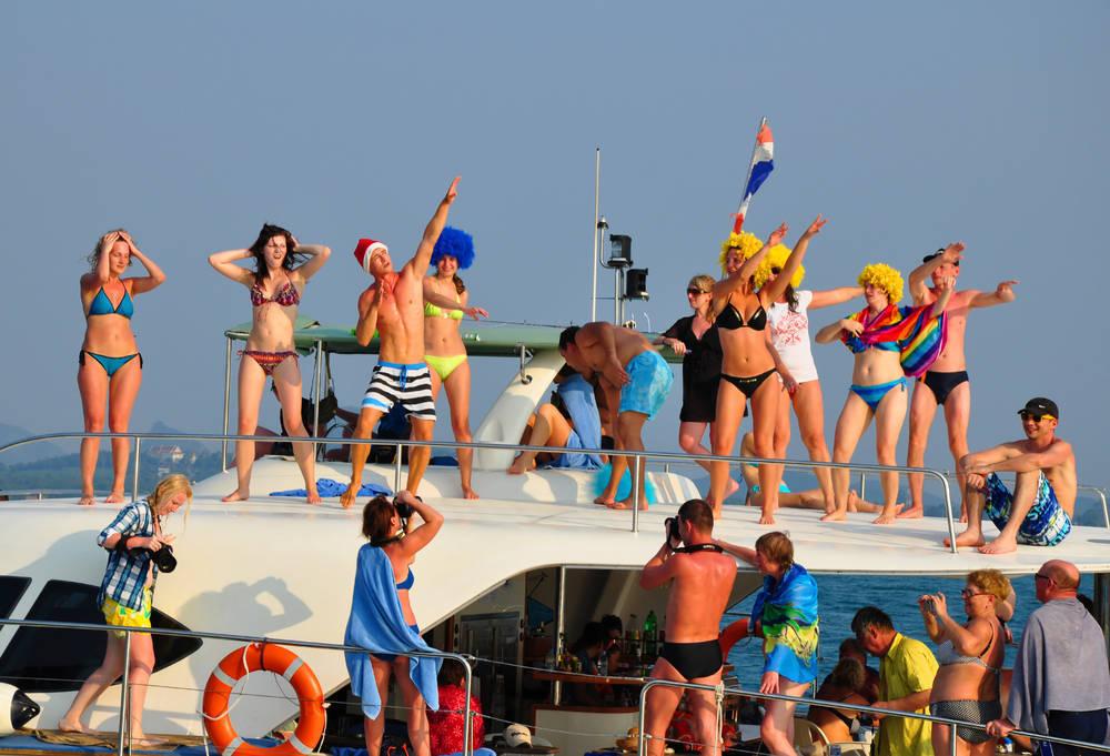 Si nunca has estado en una boat party no sabes lo que te estás perdiendo