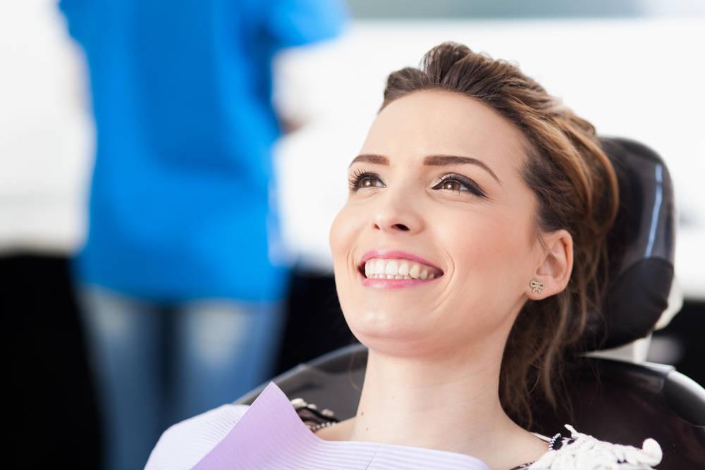 Los tratamientos dentales más demandados en verano